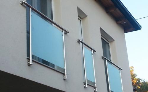 Francoski balkoni glass